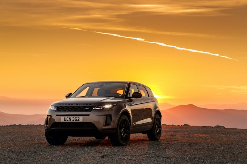 WHAT'S TRENDING? RANGE ROVER EVOQUE
